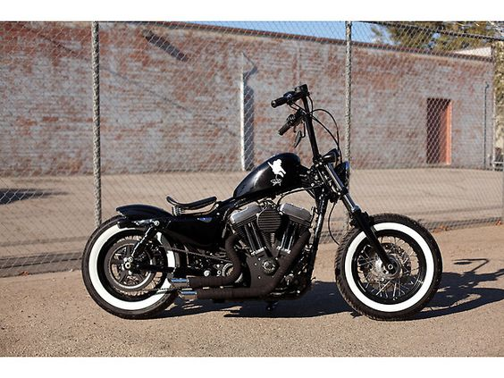 bobber modified cruiser motorcycle